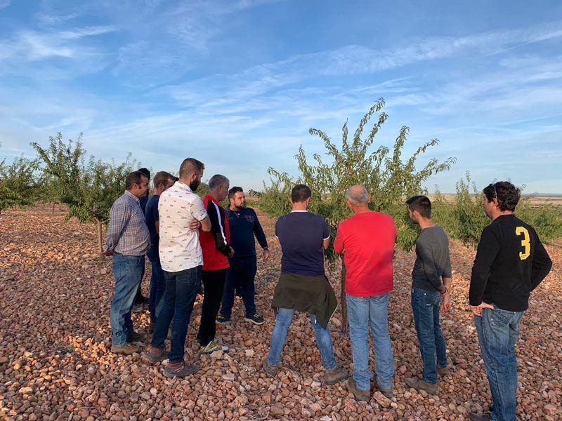 Jornadas formativas en campo sobre el cultivo del almendro y el pistacho